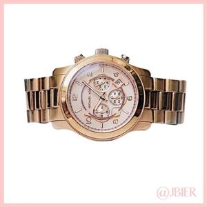Michael Kors - Oversized Rose Gold Bradshaw Watch